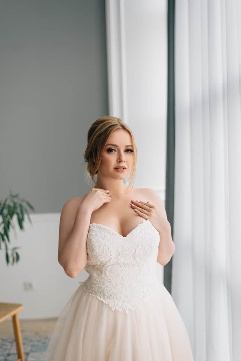 Welches Brautkleid für Mollige Frauen? Tipps für den Kauf Deines