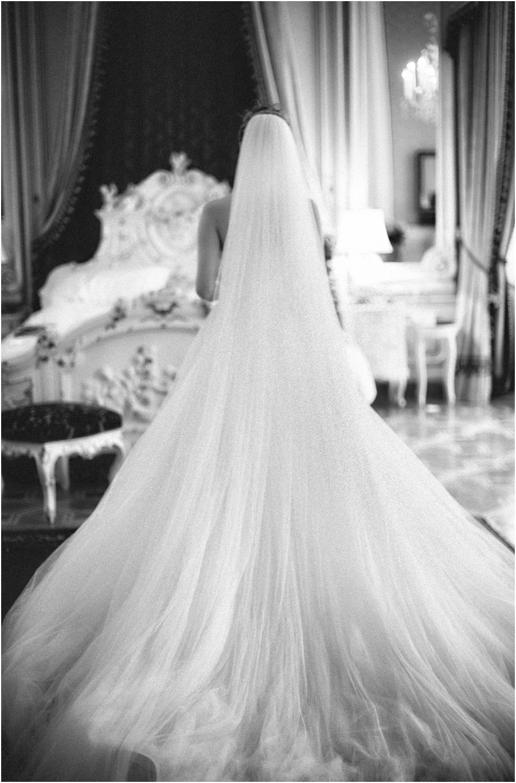 Spanisches Flair in Wien ~ Prunkvolle Hochzeit von Carla & Louis ...