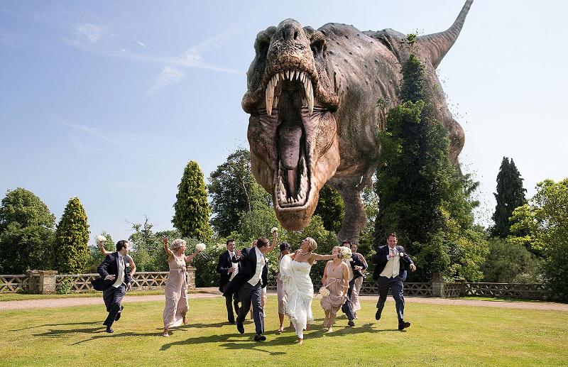 dinosaur-wedding-photography-t-rex-photobomb-4202