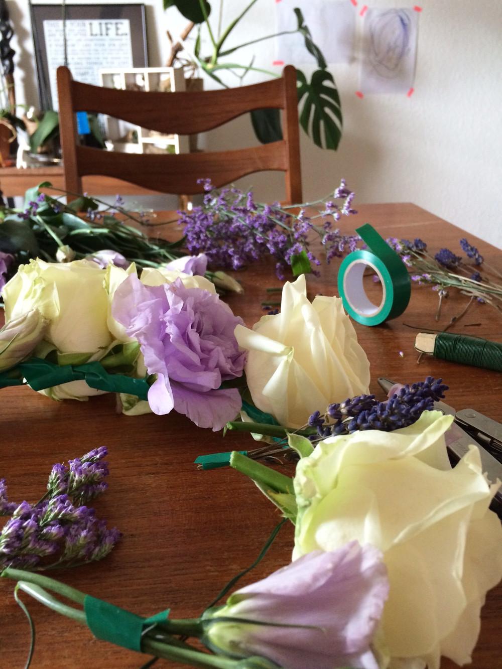 Blumenkranz Aus Echten Blumen Für Die Braut Selber Machen