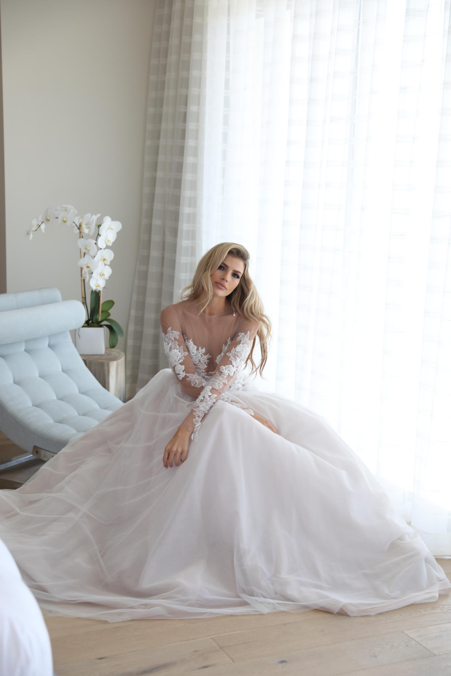 Erin Cole ~ Sinnliche und luxuriöse Brautkleider