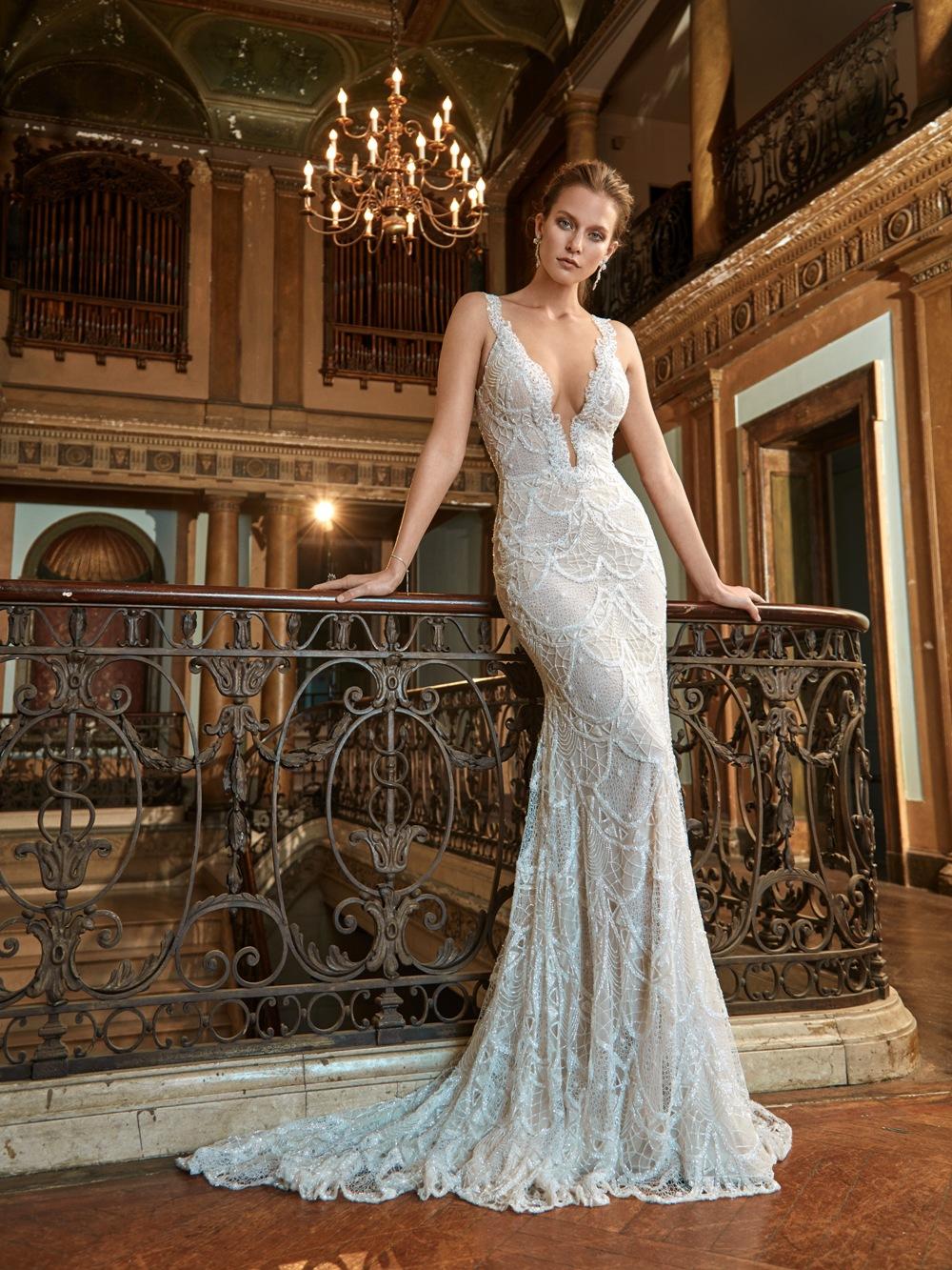 Schlankes Brautkleid von Galia Lahav