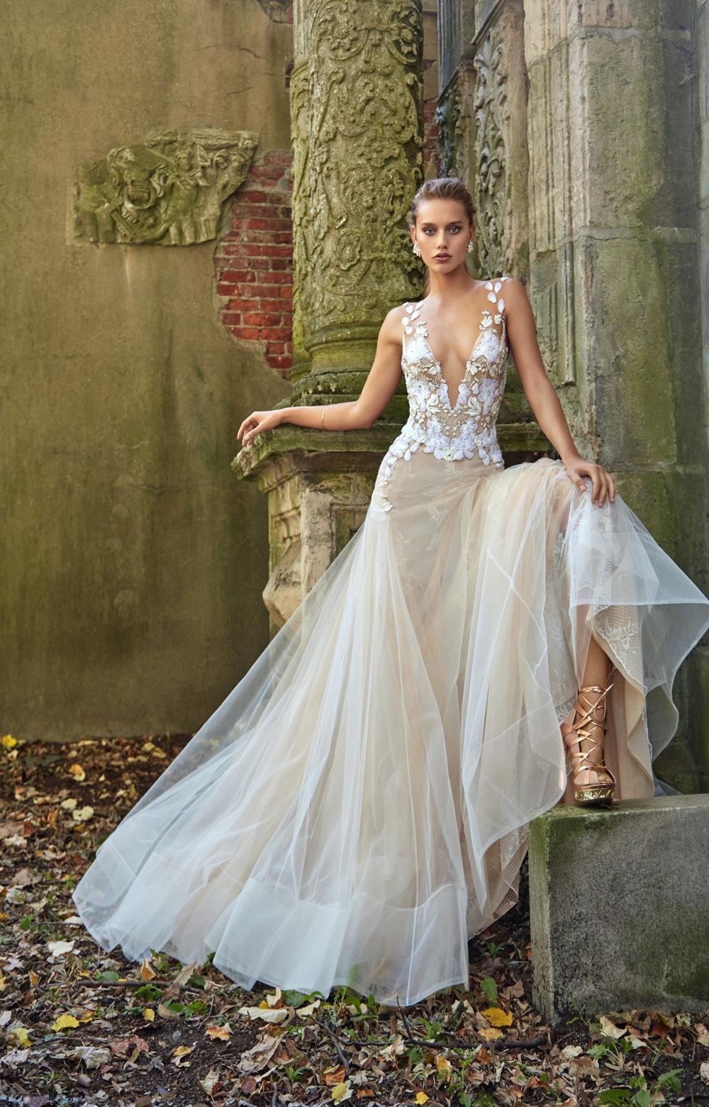 Brautkleid von Galia Lahav mit Tüllrock