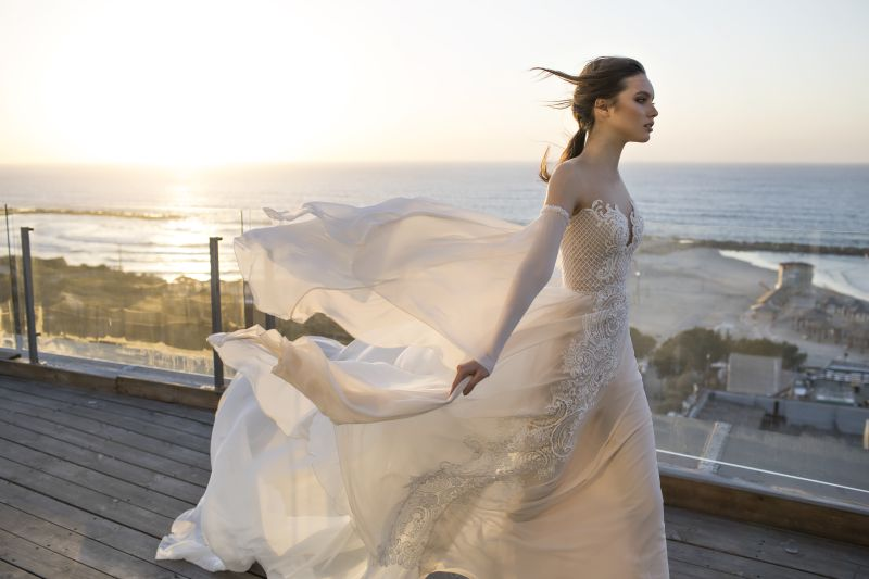 Mode trifft Kunst ~ Israelische Brautmode ~ Chantal Haute Couture