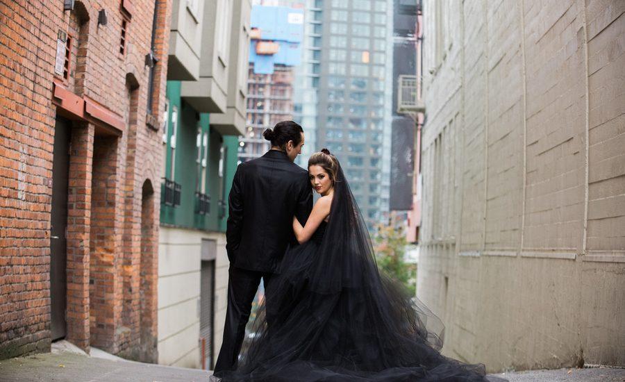 Brautkleid in Schwarz