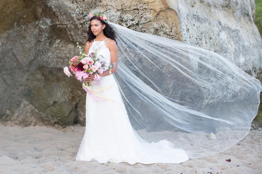 Erfrischender Styled Shoot an der kalifornischen Küste