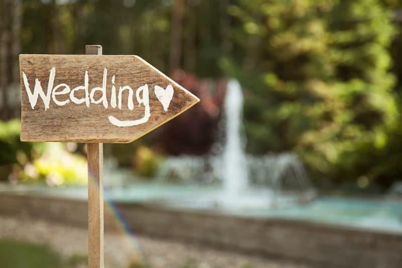 Hochzeit im Sommer feiern | © panthermedia.net /Avrora-Andrey