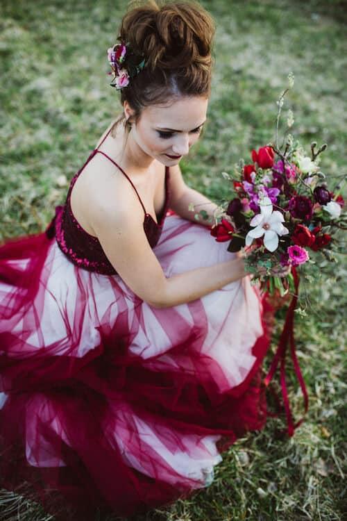 Braut mit Blumenstrauß |me & him photography