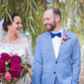 Brautpaar lacht gemeinsam   Mannikus Made – Annika Meissner