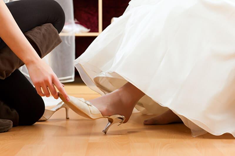 Brautschuh aussuchen | © PantherMedia / Arne Trautmann
