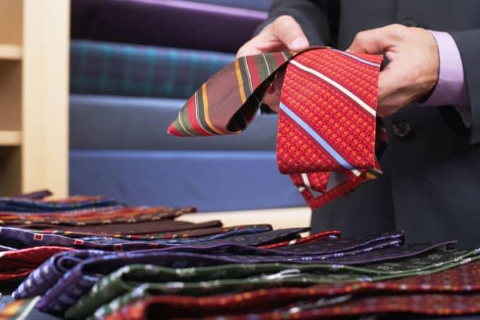 Die richtige Krawatte wählen | © panthermedia.net /londondeposit