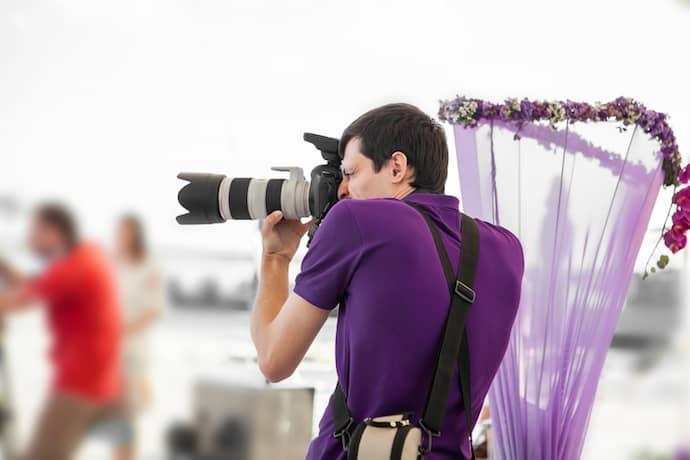 Hochzeitsfotograf in Aktion | © panthermedia.net / erstudio
