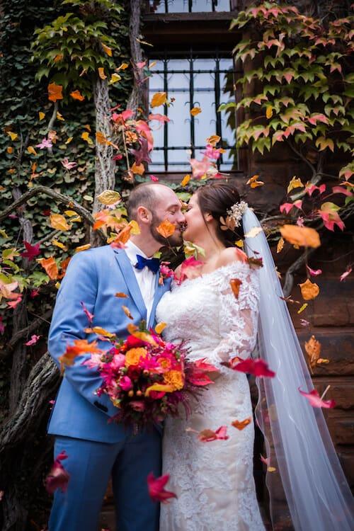 Kuss im Blätterregen |Mannikus Made – Annika Meissner