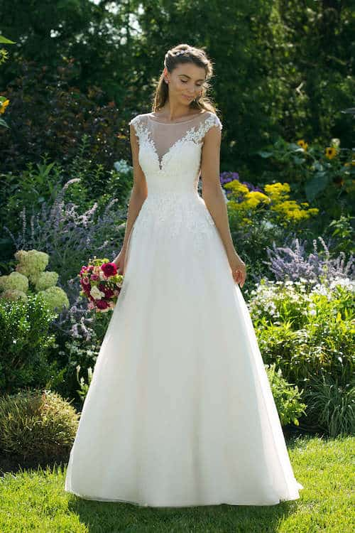 Sweetheart Gowns   Justin Alexander Bridal