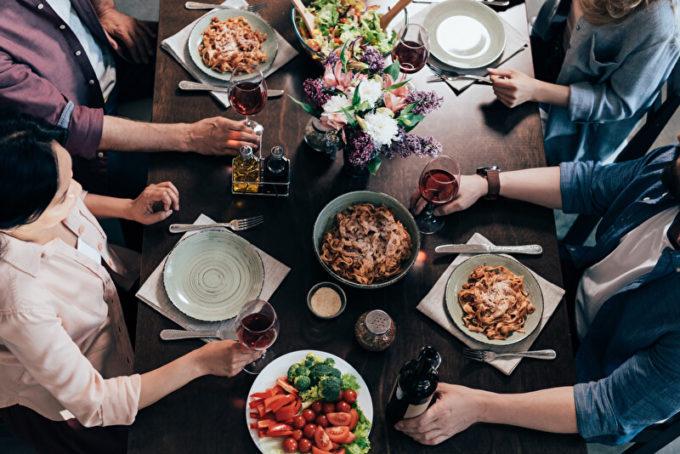 Symbolbild - Dinner | © panthermedia.net /TarasMalyarevich